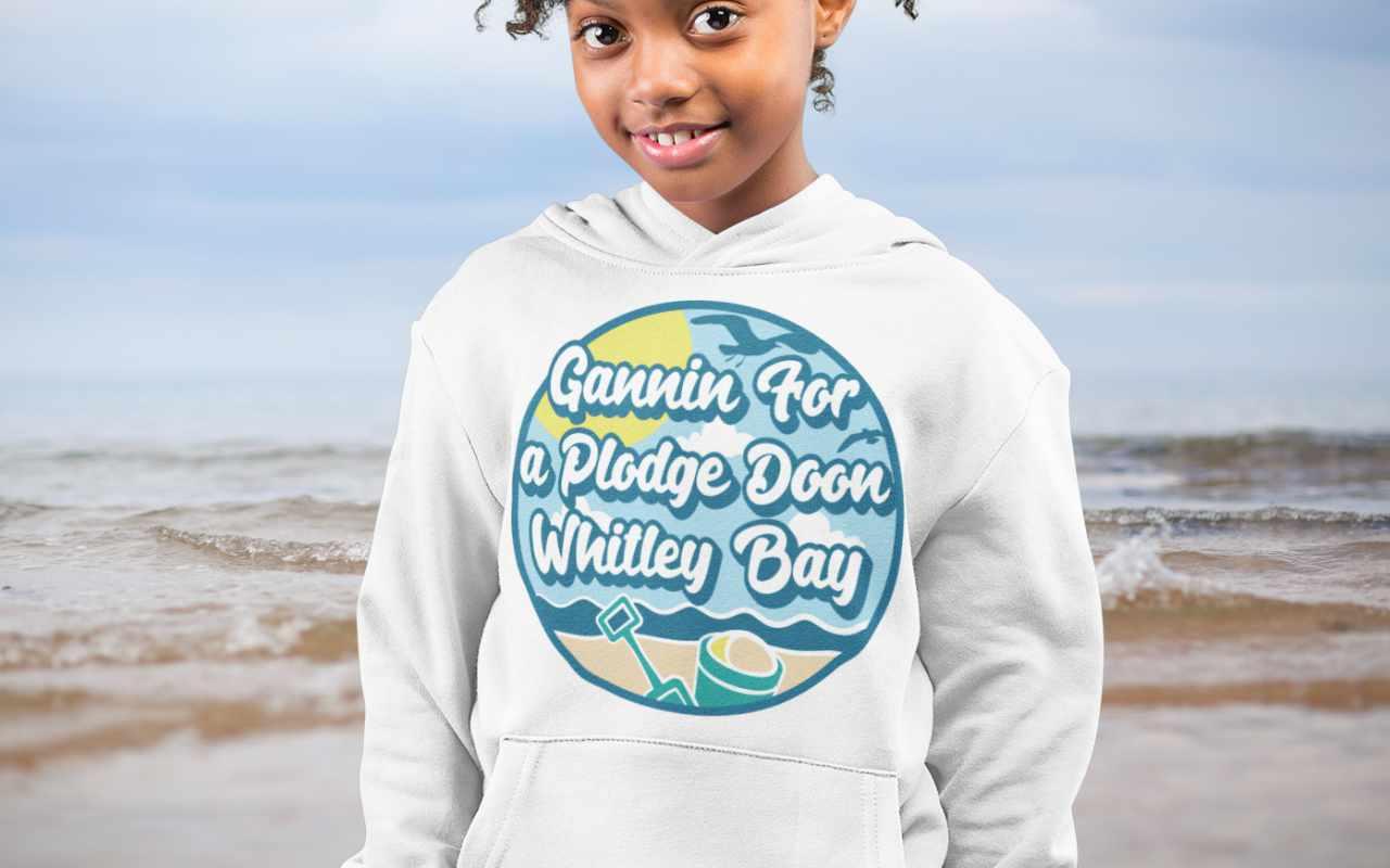 Gannin for a plodge doon Whitley Bay
